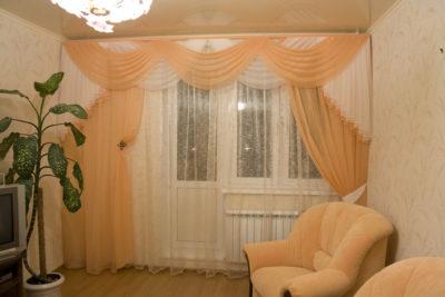 шторы в зал в современном стиле