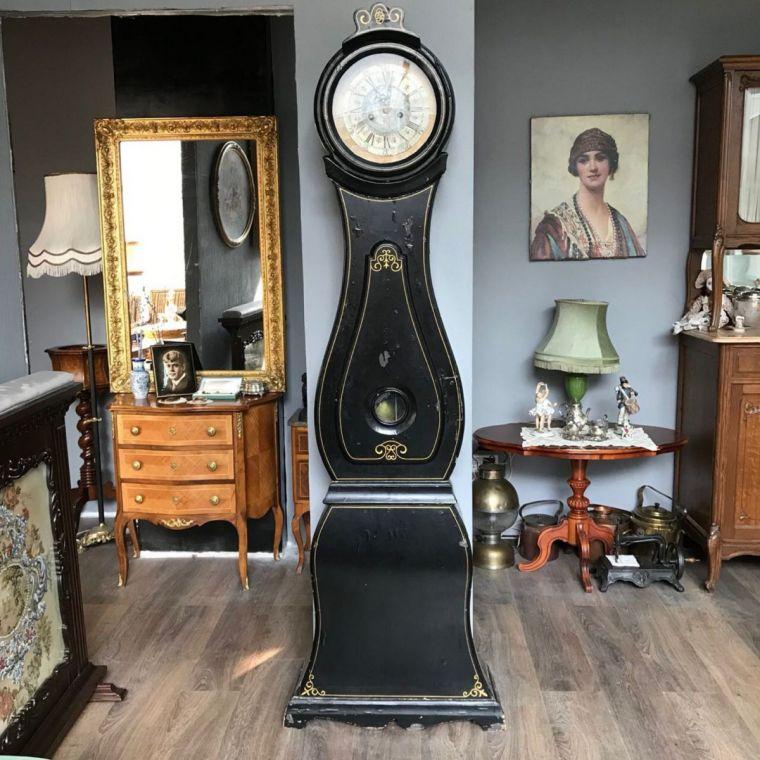 Часы в интерьере - стильные идеи применения часов в интерьере и обзор идеальных вариантов декора (110 фото)