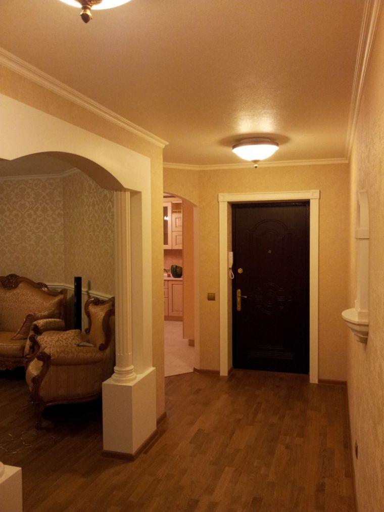 Двери в прихожей - современные сочетания и советы как сделать красивый интерьер прихожей (95 фото)