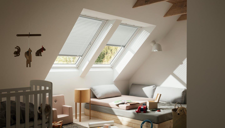 Как установить рулонные шторы и жалюзи